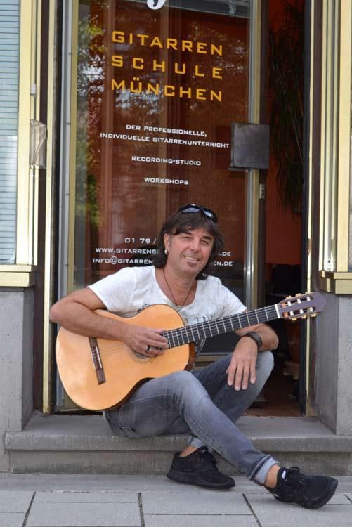 Norbert Kühn - Musiklehrer in München